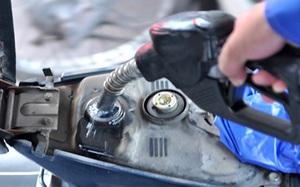 Chiều 11/6, giá xăng dầu đồng loạt tăng mạnh 600 đồng/lít