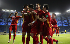 """HLV Phạm Như Thuần chỉ ra """"chìa khóa"""" thể lực Việt Nam vs UAE"""