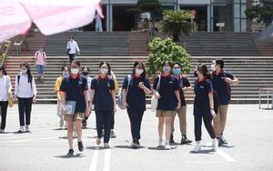 Thí sinh nói gì về đề thi vào lớp 10 Chuyên tại Hà Nội năm 2021?