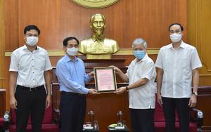 Người Việt ở nước ngoài ủng hộ hàng tỷ đồng cho Quỹ vaccine Covid-19