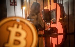 """Giá bitcoin sụt dưới mốc tâm lý 30.000 USD: có hay không nguy cơ """"mùa đông tiền điện tử""""?"""