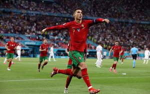 Kết quả, BXH EURO 2020 ngày 24/6: Ronaldo lập cú đúp, Bồ Đào Nha thoát hiểm ngoạn mục