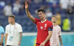 Kết quả, BXH EURO 2020 ngày 24/6: Lewandowski tỏa sáng, Ba Lan vẫn bị loại
