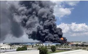 Clip: Cháy lớn ở Công ty Arirang Chemical Co Đồng Nai, KCN Long Bình