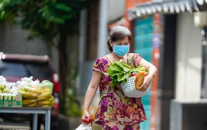 """ẢNH-CLIP: Cận cảnh """"siêu thị 0 đồng"""" phục vụ người dân trong khu cách ly"""