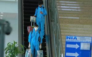 Quế Ngọc Hải, Bùi Tiến Dũng tay xách nách mang về nước sau hành trình tại AFC Champions League