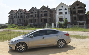 """Đề nghị kiểm điểm trách nhiệm Chủ tịch tỉnh Hà Tây (cũ) liên quan đến """"dự án du lịch biến thành khu biệt thự"""""""