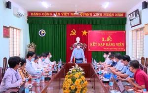 """Video: Thứ trưởng Bộ Y tế Trần Văn Thuấn đề nghị Đồng Nai """"chia lửa"""" với TP.HCM trong trường hợp cấp thiết"""