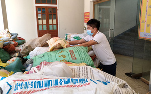 Thương miền Nam gồng mình chống dịch, người dân Hà Tĩnh quyên góp nhu yếu phẩm gửi tặng nhân dân TP.HCM