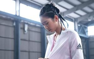 Vẻ đẹp ngọt ngào của bóng hồng đấu kiếm Hong Kong dự Olympic 2020