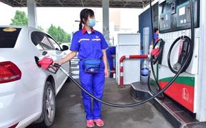 Giá dầu có thể chạm ngưỡng 100 USD/ thùng vào năm tới?
