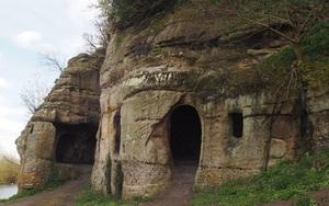 Bí mật bất ngờ bên trong ngôi nhà hang động 1.200 năm tuổi
