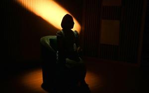 Người thứ 3: Vợ cay đắng phát hiện chồng phản bội nhờ con gái 7 tuổi
