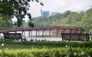 Có một hồ Gươm vắng vẻ, bình yên trong ngày đầu Hà Nội thực hiện Chỉ thị 16
