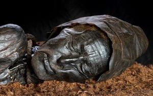 Sốc với xác ướp thời kỳ đồ sắt được bảo quản hoàn hảo trong đầm lầy