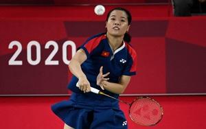 Hoa khôi Nguyễn Thùy Linh thắng dễ, lập kỷ lục cho cầu lông Việt Nam