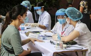 Ảnh: Hà Nội bắt đầu đợt tiêm vắc xin phòng Covid-19 lớn nhất lịch sử, kéo dài hơn 9 tháng