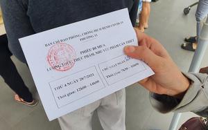 Người dân TP.HCM bắt đầu nhận phiếu đi siêu thị 2 lần mỗi tuần