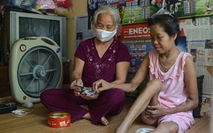 """Cuộc sống đầy ắp khó khăn của 18 con người tại """"xóm chạy thận"""" ngoại thành Hà Nội"""