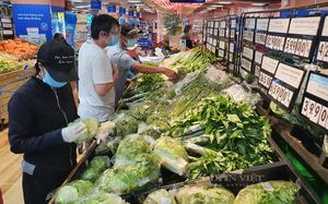 TP.HCM: Siêu thị tăng hàng gấp 6 lần, xe thực phẩm về đã thuận lợi hơn, người dân không lo thiếu hụt