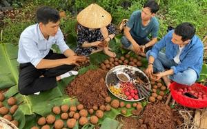 """Đắk Lắk: """"Bom hạt giống"""" lạ mắt thực ra là """"bom"""" gì mà nhiều người thấy đã thích, cùng """"nghịch"""" là mê ngay?"""