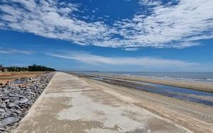 Cận cảnh bờ kè hơn 90 tỉ đồng chế ngự triều cường, giúp nông dân ngăn xâm nhập mặn ở Thanh Hóa