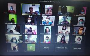 Nguy hại khôn lường từ việc học trực tuyến qua webcam