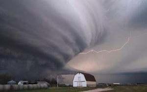 Mỹ chuẩn bị phải đối phó với một loạt những cơn bão nguy hiểm