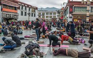 Du lịch tâm linh: Lhasa - Điểm đến ở độ cao 3.700m của hàng nghìn du khách