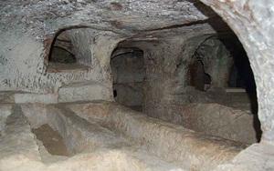 """Kỳ bí hầm mộ """"Vương quốc của người chết"""" khiến ai nghe cũng lạnh toát sống lưng"""