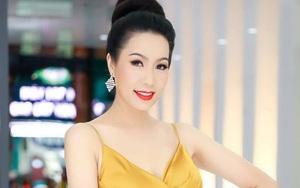 """NSƯT Trịnh Kim Chi """"tiếp lửa"""" hỗ trợ cho gần 200 công nhân hậu đài sân khấu ở TP.HCM"""