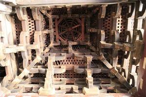 Công trình nghìn tuổi sánh ngang Tử Cấm Thành: Kiến trúc siêu đặc biệt