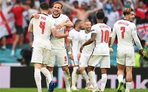 """Kết quả bán kết EURO 2020: VAR """"làm ngơ"""", ĐT Anh đoạt vé vào chung kết"""