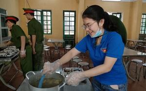 Yên Bái: Hỗ trợ suất ăn miễn phí cho thí sinh vùng cao