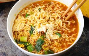 Việt Nam là quốc gia tiêu thụ mỳ gói (mỳ ăn liền) đứng thứ mấy trên thế giới?
