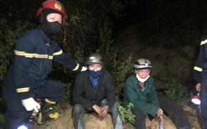 Đà Nẵng: Giải cứu người đàn ông bị mắc kẹt trên vách núi giữa đám cháy rừng