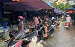 """Giá thực phẩm chợ dân sinh tăng """"phi mã"""" từng ngày"""
