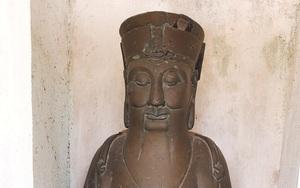 Báu vật của làng đông dân nhất tỉnh Quảng Trị là một pho tượng đồng đen