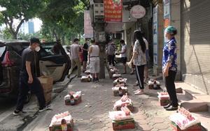Phát 2.000 suất quà mỗi ngày cho người nghèo vượt khó mùa dịch