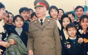 Chuyện Đại tướng Võ Nguyên Giáp đề nghị khôi phục hang Cốc Bó và điều chỉnh đường Hồ Chí Minh