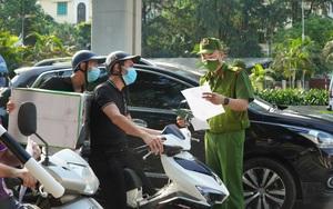 Hà Nội: 6 tổ công tác đặc biệt thực hiện kiểm tra giấy đi đường của người dân