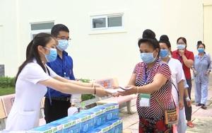"""Sơn La:  Mở """"gian hàng 0 đồng"""" giúp bệnh nhân vượt qua khó khăn mùa Covid-19"""
