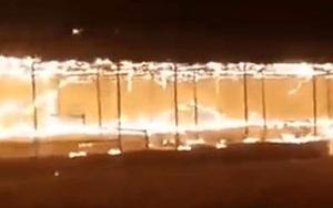 Video: Taliban thiêu rụi công viên giải trí vì có nhiều biểu tượng chống lại Hồi giáo