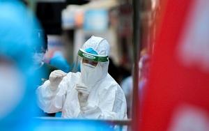 Phong tỏa lấy mẫu xét nghiệm cho 700 hộ dân tại Hà Nội