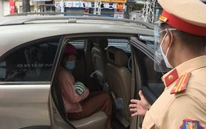 Bé sơ sinh 2 tháng tuổi bị say nắng, nôn ói giữa đường, được CSGT đưa về nhà ở Đồng Nai