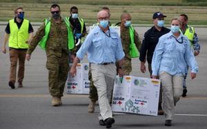 Vắc xin Covid-19: mặt trận tiếp theo trong cuộc đụng độ Trung - Úc