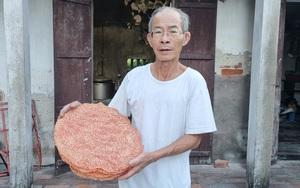 Ở Ninh Bình có món bánh đặc sản giòn tan thường xuyên xuất hiện trên bàn nhậu mà ăn hoài không chán