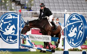 """VĐV đen đủi nhất Olympic: Ngựa """"đình công"""", mất HCV và khóc... như mưa"""