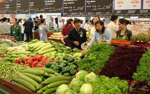 Giá thực phẩm tháng 8 vẫn đồng loạt tăng dù hàng hóa không thiếu