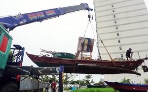 Đà Nẵng: Dùng cần cẩu di dời khẩn cấp tàu thuyền để tránh bão số 5